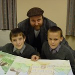 Mr Tom and the two actors playing William