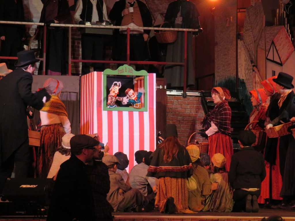 08 Punch and Judy